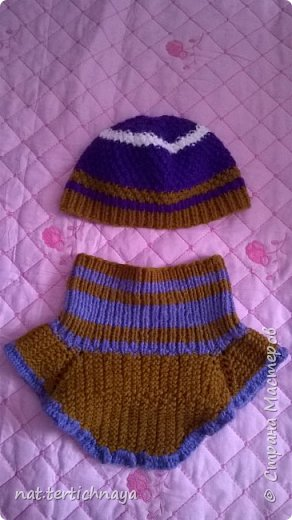 Вязание шапочки  и манишки спицами номер 2,5. фото 1