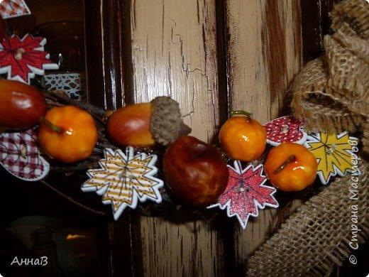 В последнее время я очень увлеклась изготовлением декоративных венков. Вот сделала несколько на осеннюю тему. фото 3