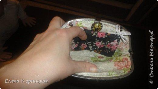 Эту сумочку я придумала для лета, когда у меня появилась лума. На ней связала цветочки, сшила сумочку и приделала ручку. фото 4