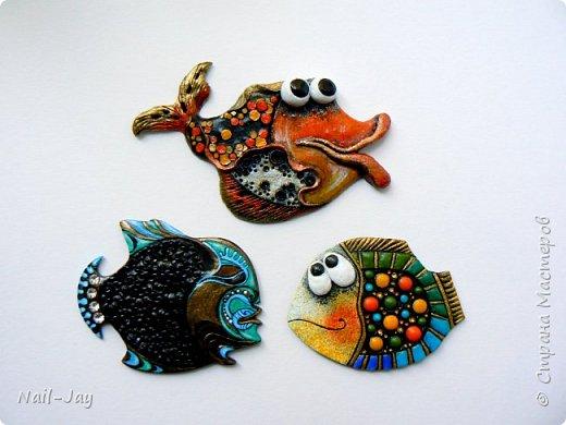 Очень коротенький пост-похвастушка. Просто новые, очень разные рыбы!  Знакомьтесь!  Лунобрюхая рыбка-космос , философско-мистическая рыба-оракул и позитивно-мечтательная рыбка, вынашивающая множество ярких, разноцветных идей.