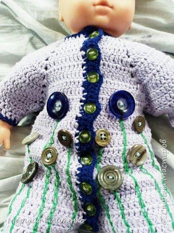 """Привет-привет, дорогие жители СМ. Вероничка пошла в сад и начался период """"чья мама мастерица""""))) Я себя пичислила в редколлегии))))  Одна из мам нашла у себя кукол, но их нужно было одеть. Я взяла себе трех девочек и сделала им одеждочку. И вот что получилось фото 21"""
