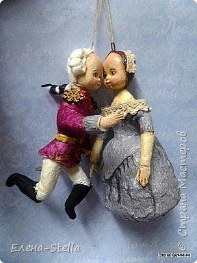Всем привет и я рада очень всех видеть и быть в эфире!  Одна из моих любимых Новогодних сказок - Щелкунчик. О доброте, любви и мечте. Мария и Заколдованный принц любуются на праздник. фото 6