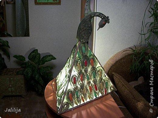 """Уважаемые мои гости, сегодня представляю вам лампу.Я ещё на стадии переезда из деревни в город, но когда есть свободная минута берусь за шпагат. А если честно, берусь за всё. Такую """"дежурную"""" настольную лампу хотела давно. Непременно зелёную. фото 3"""