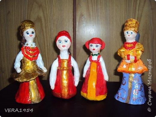 Добрый день!   Летние работы . Дети пробовали себя в лепке  куклы в русском  народном костюме. фото 1