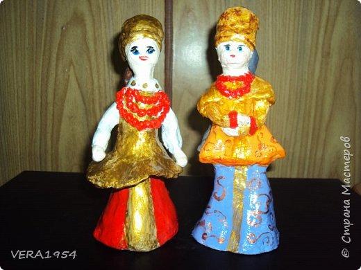 Добрый день!   Летние работы . Дети пробовали себя в лепке  куклы в русском  народном костюме. фото 2