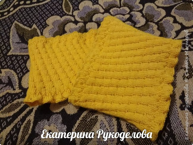 Манишка на мальчика 2-3 лет. Нитки Alize baby wool, спицы №2,крючок №3  фото 2