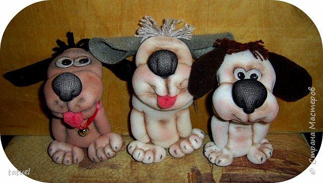 Всем доброго времени дня! Сегодня я со своим собачьим коллективом, вполне добрым и крайне позитивным! Создала разные собачьи образы на кухонных лопаточках. фото 7