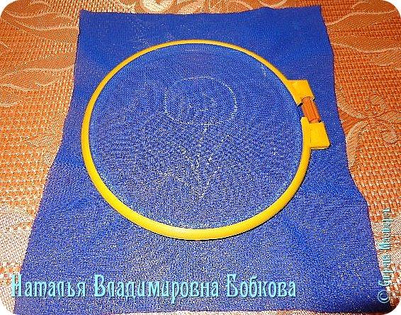 Мастер-класс  по изготовлению  картины  «Романтическая ромашка»  из атласных лент. фото 15