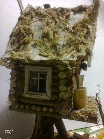 """Всем.привет) Избушку """"слизала"""" у Иринки, которая живёт здесь - https://stranamasterov.ru/user/313584 Её работы очаровывают.Свою избушку сделали для сына в школу. Мужу отдельное спасибо.До этого он строил только сараи для домашней скотины, причём, в натуральную величину))) А теперь, можно смело сказать, что построил дом) Пусть в одну комнату, но зато 36 квадратных.....сантиметров. А обустройством дома,уже занималась я, как и положено женщине))) фото 7"""