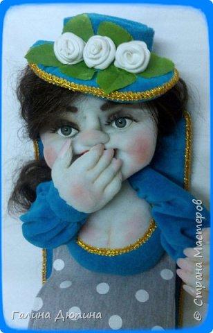 Вот такая брезгливая девушка под названием Мадам Фу-Фу у меня появилась.Кукла предназначена для хранения туалетной бумаги фото 3