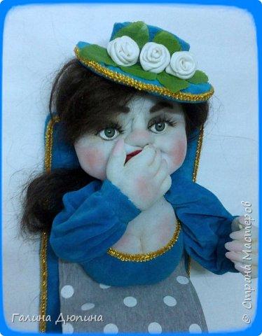 Вот такая брезгливая девушка под названием Мадам Фу-Фу у меня появилась.Кукла предназначена для хранения туалетной бумаги фото 4