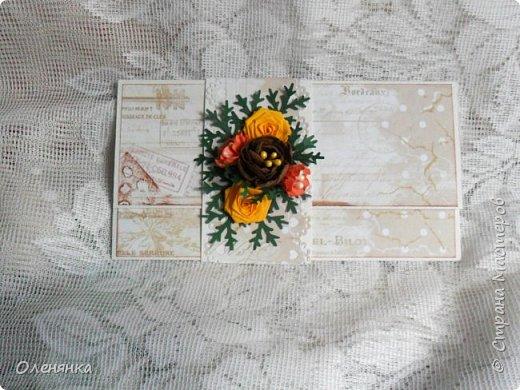 Добрый день жители Страны !  Ровно два месяца  назад  сделала последнюю запись в блоге  ,    ну что же буду исправлятся   .Сегодня у меня  10 конвертов  сделаных  за один день  ,  благо  был  запас цветочков . когда есть свободное время кручу потихоньку ,эксперементирую  с  формами  и цветом . фото 2