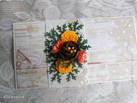 Добрый день жители Страны !  Ровно два месяца  назад  сделала последнюю запись в блоге  ,    ну что же буду исправлятся   .Сегодня у меня  10 конвертов  сделаных  за один день  ,  благо  был  запас цветочков . когда есть свободное время кручу потихоньку ,эксперементирую  с  формами  и цветом . фото 3
