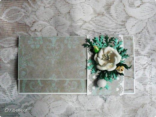 Добрый день жители Страны !  Ровно два месяца  назад  сделала последнюю запись в блоге  ,    ну что же буду исправлятся   .Сегодня у меня  10 конвертов  сделаных  за один день  ,  благо  был  запас цветочков . когда есть свободное время кручу потихоньку ,эксперементирую  с  формами  и цветом . фото 4