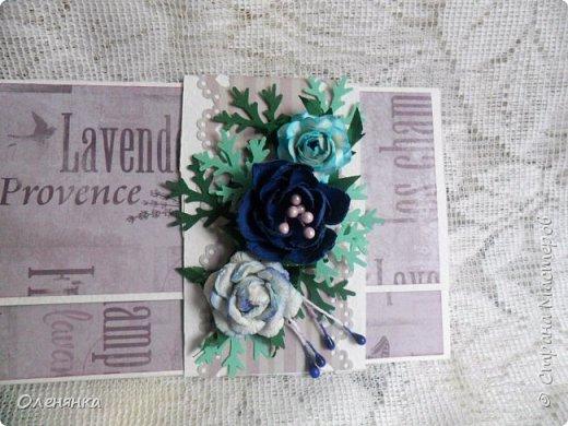 Добрый день жители Страны !  Ровно два месяца  назад  сделала последнюю запись в блоге  ,    ну что же буду исправлятся   .Сегодня у меня  10 конвертов  сделаных  за один день  ,  благо  был  запас цветочков . когда есть свободное время кручу потихоньку ,эксперементирую  с  формами  и цветом . фото 14