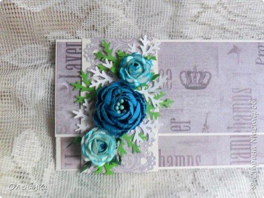 Добрый день жители Страны !  Ровно два месяца  назад  сделала последнюю запись в блоге  ,    ну что же буду исправлятся   .Сегодня у меня  10 конвертов  сделаных  за один день  ,  благо  был  запас цветочков . когда есть свободное время кручу потихоньку ,эксперементирую  с  формами  и цветом . фото 15