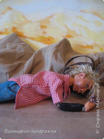 Всем самый самый добрый! Была у меня идея сделать куклу такую, с помощью которой можно было бы найти ответы на выматывающие вопросы и подумать, а может даже и пофилософствовать.И так появился Патрик. и как и подобает каждой кукле ручной работы у него есть своя история. И этой историей я делюсь с вами. Милости прошу в блог.    фото 2