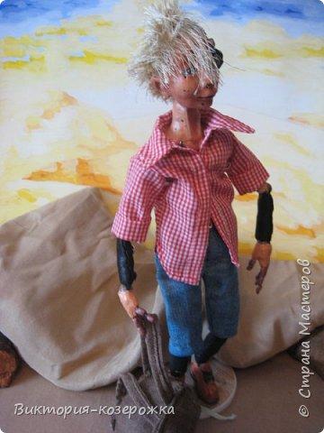 Всем самый самый добрый! Была у меня идея сделать куклу такую, с помощью которой можно было бы найти ответы на выматывающие вопросы и подумать, а может даже и пофилософствовать.И так появился Патрик. и как и подобает каждой кукле ручной работы у него есть своя история. И этой историей я делюсь с вами. Милости прошу в блог.    фото 16