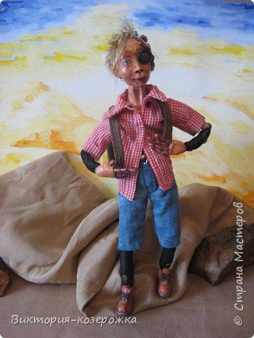 Всем самый самый добрый! Была у меня идея сделать куклу такую, с помощью которой можно было бы найти ответы на выматывающие вопросы и подумать, а может даже и пофилософствовать.И так появился Патрик. и как и подобает каждой кукле ручной работы у него есть своя история. И этой историей я делюсь с вами. Милости прошу в блог.    фото 17
