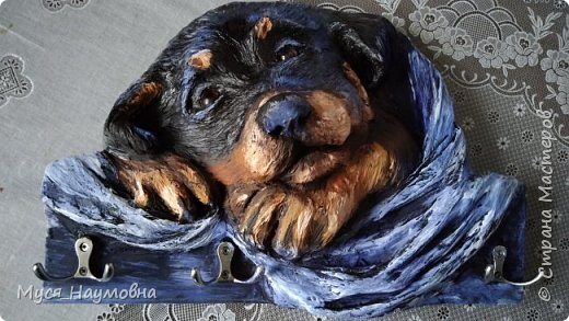 Среди моих знакомых есть любители собак,а посему захотелось порадовать их новогодним сувениром,заодно отдать дань моде... фото 1