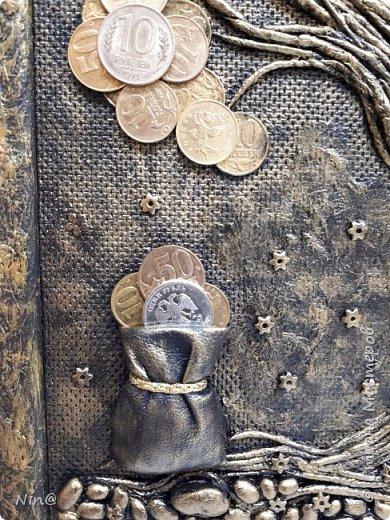 Доброго времени суток всем мастерицам и мастерам. Понравилось мне делать денежные деревья, готовлю на подарки - скоро Новый 2018 год. Надеюсь, что мои рукотворные панно понравятся. Подробное описание здесь есть: http://stranamasterov.ru/node/1117614 Размер панно-картины без рамки - 30 х 40 см. фото 4