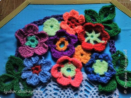 Подарок для мамы - корзина с цветами фото 3