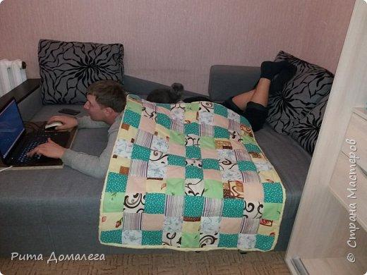 Сшила одеялко для дочки в стиле пэчворк. Размер 110х90 см. Лоскуты заготавливала сама по шаблону 10х10 фото 5