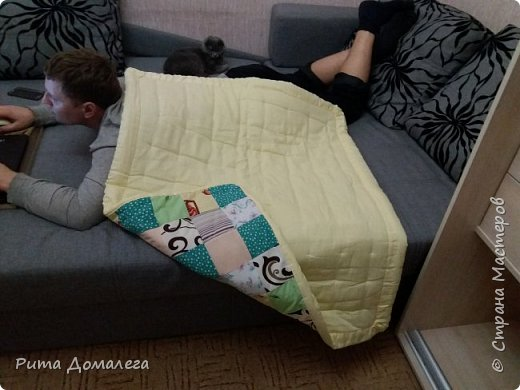 Сшила одеялко для дочки в стиле пэчворк. Размер 110х90 см. Лоскуты заготавливала сама по шаблону 10х10 фото 3