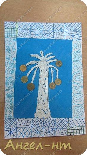 С ребятами на уроке крутили салфеточные жгутики, а затем превращали их в творческую работу - денежное дерево. Получились интересные работы.  фото 2