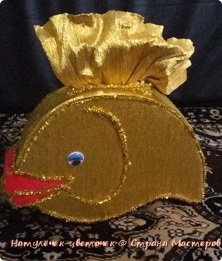 золотая рыбка из конфет фото 4