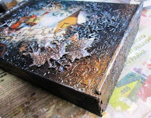 Шкатулка заштукатурена, закрашена, забрызгана, немножко декупажа, объём из вырубки. фото 1
