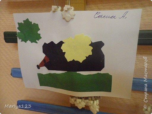 Добрый день всем заглянувшим! Предлагаю посмотреть работы моих деток. Мастерили грибочки в технике оригами, а ежика на полянке в технике аппликация. фото 9