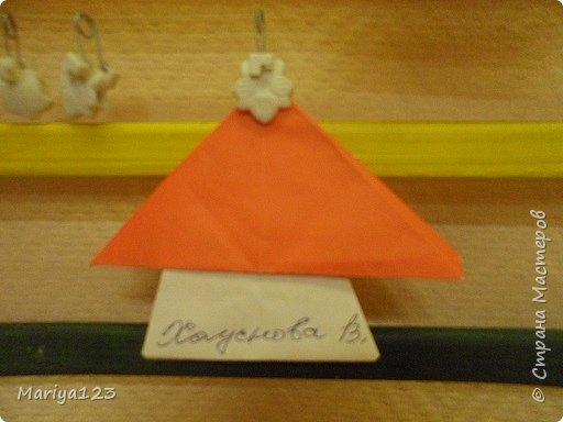 Добрый день всем заглянувшим! Предлагаю посмотреть работы моих деток. Мастерили грибочки в технике оригами, а ежика на полянке в технике аппликация. фото 4