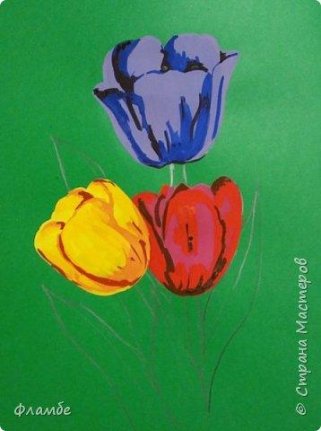 Всем привет! Все уже поняли, что я очень люблю тонированную бумагу))) На этот раз тюльпаны, хотя, конечно, не сезон))).Для работы понадобится: Бумага тонированная зелёного цвета, гуашь. фото 5