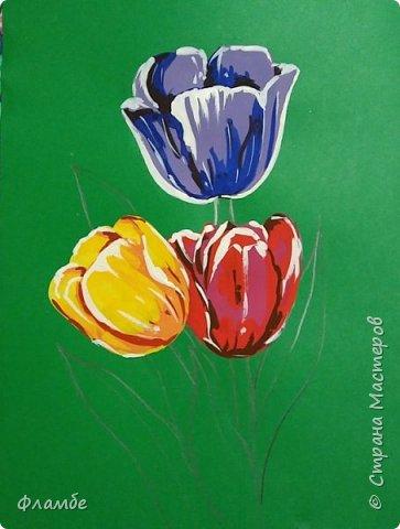 Всем привет! Все уже поняли, что я очень люблю тонированную бумагу))) На этот раз тюльпаны, хотя, конечно, не сезон))).Для работы понадобится: Бумага тонированная зелёного цвета, гуашь. фото 6