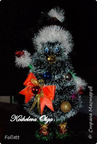 Скоро Новый год! Решила задуматься о подарках заранее. Снеговик в скульптурно-текстильной технике. фото 3