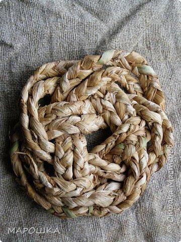 осталось несколько веревок после изготовления травяной посуды - куда их? попробовала завязать в турецкий узел - смотрите.. фото 4