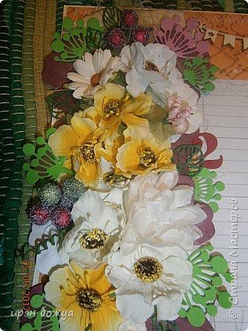 Поздравление учительнице в школу с Днем Рождения.Использовала различные украшени(цветы,полубусины,вырубку,чипборд,ленты и т.д.) фото 3
