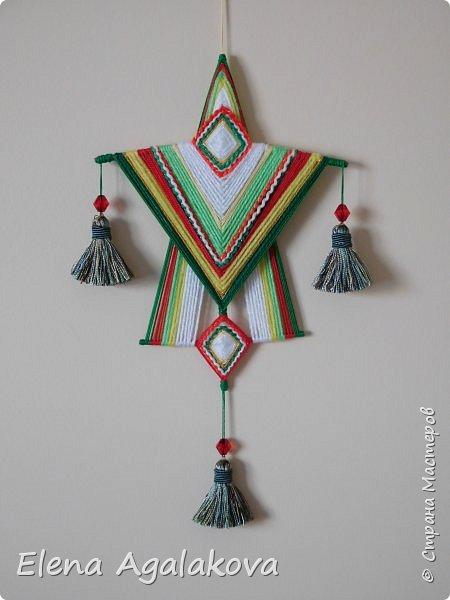 """Добрый день или вечер всем заглянувшим в гости! Готовлюсь к Рождественской ярмарке. Вот такая Мандала """"Рождественский Ангел"""" сплелась... МК можно посмотреть здесь http://stranamasterov.ru/node/1114831"""