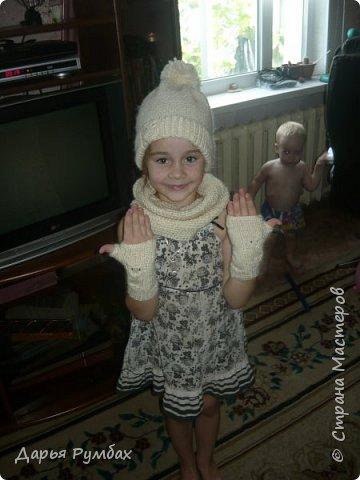 Шапочка, снуд, митенки для дочки. фото 1