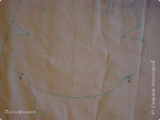 Для работы: 1.Ткань (бязь для головы,ног и кистей рук)  Для тела можно взять байку или тоже бязь.   2.Наполнитель (холофайбер или синтепон) 3.Иглы, нитки, маркер.  фото 6