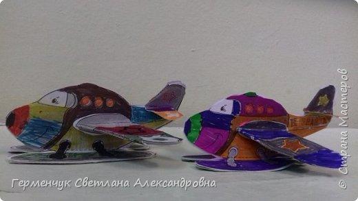 """На уроке трудового обучения  ребята  3 """"А"""" класса  работали над созданием моделей   самолетиков. Получилась вот такая эскадрилья!!! Славно потрудились будущие конструкторы!!! МОЛОДЦЫ!!! фото 13"""