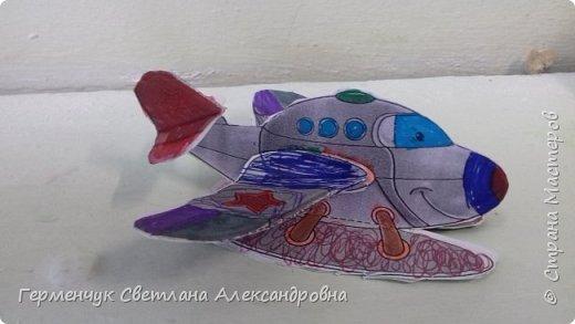 """На уроке трудового обучения  ребята  3 """"А"""" класса  работали над созданием моделей   самолетиков. Получилась вот такая эскадрилья!!! Славно потрудились будущие конструкторы!!! МОЛОДЦЫ!!! фото 7"""