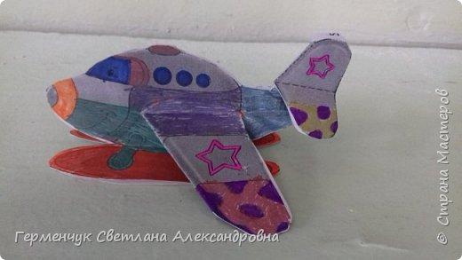 """На уроке трудового обучения  ребята  3 """"А"""" класса  работали над созданием моделей   самолетиков. Получилась вот такая эскадрилья!!! Славно потрудились будущие конструкторы!!! МОЛОДЦЫ!!! фото 2"""