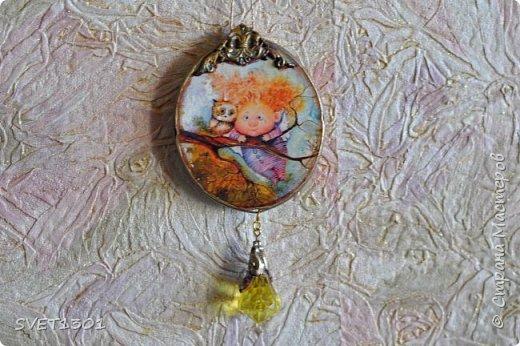 Если на гипсовый медальон вживить (можно просто приклеить) какую ни будь милую картинку с птичками фото 3