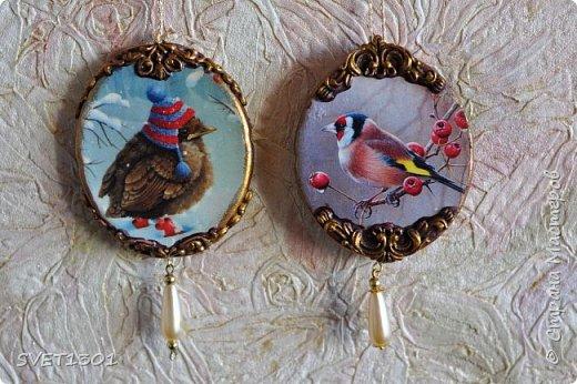 Если на гипсовый медальон вживить (можно просто приклеить) какую ни будь милую картинку с птичками фото 1