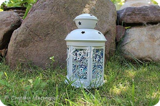 Сегодня Ихтиандра ( http://stranamasterov.ru/user/110615 ) выложила МК оригинального панно из бумажной снежинки и я не утерпела и решила похвалиться витражной росписью фонарика из Икеи, выполненной по МК этой замечательной мастерицы ( http://stranamasterov.ru/node/975873 ). фото 1
