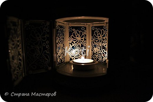 Сегодня Ихтиандра ( http://stranamasterov.ru/user/110615 ) выложила МК оригинального панно из бумажной снежинки и я не утерпела и решила похвалиться витражной росписью фонарика из Икеи, выполненной по МК этой замечательной мастерицы ( http://stranamasterov.ru/node/975873 ). фото 7