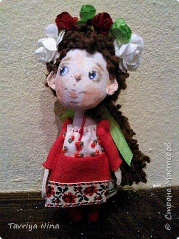 Все те же броши-подвески. Девочка в национальном украинском костюме,12 см фото 1