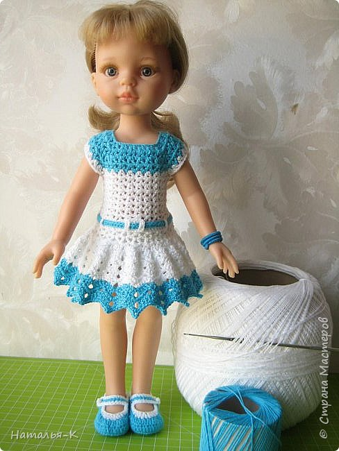 Здравствуйте дорогие мастерицы! Сегодня я пришла показать обновки для куклы паола Карла.  Вязала по МК Оксаны Лифенко. Ещё не постирала, поэтому петельки на фотографии рыхлые...  вяжу всю свою сознательную жизнь, но такие вещички для кукол..., учусь у Оксаны с 2015 года. Прекрасная Мастерица, я рада что повстречала её на моём творческом пути. фото 12